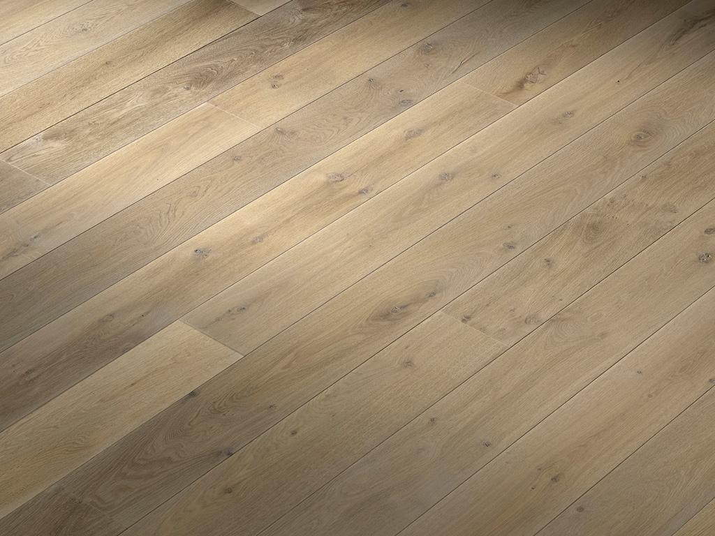 Wide-Plank-Oak-Flooring-Hakwood-Flourish Finish